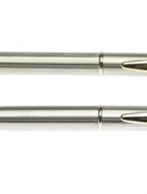Набор: ручка шариковая + роллер Pierre Cardin PEN and PEN, корпус - латунь, отделка - глянцевое покрытие. Детали дизайна - позолота.. Упаковка М арт P