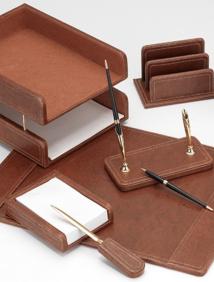 Набор настольный из дерева / натуральная кожа, 7 предм. с 2 ручками (цвет коричневый) арт.RN7W-1A